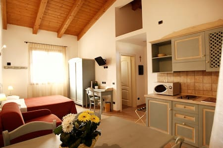 One room apartment / studio, a few km from the sea - Cesenatico - Wohnung