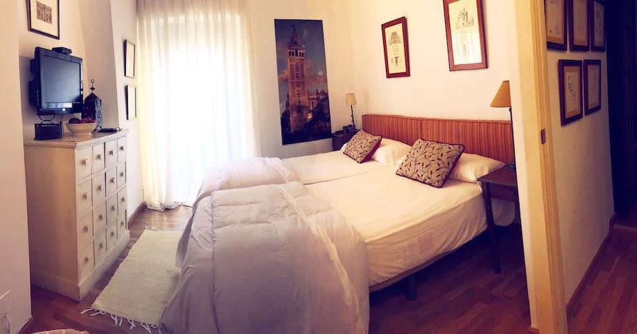 Habitacion doble centro historico, en el Arenal - Sevilla - Haus