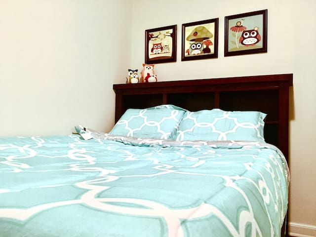 *  1 MILE from Mayo Clinic - Clean, Comfy, Cozy ;)