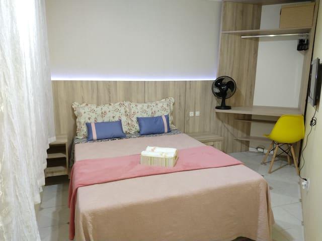 Suite com mini cozinha Bw e garagem. Independente
