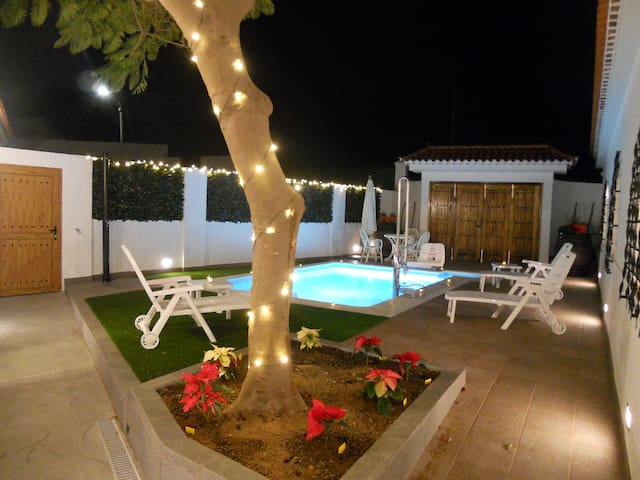 Seaview Vila with priv heated pool. - Arucas