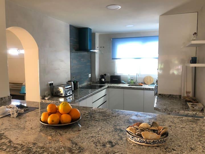 3 bed house nueva Andalucía Puerto Banus. SISU