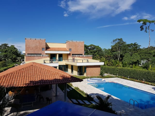 Hermosa Casa Campestre en Guamal Meta