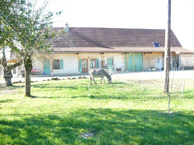 Gîte à la ferme logement entier 90 m2  plein pied