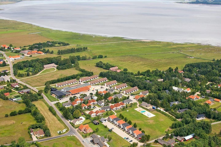 14 person holiday home on a holiday park in Blåvand