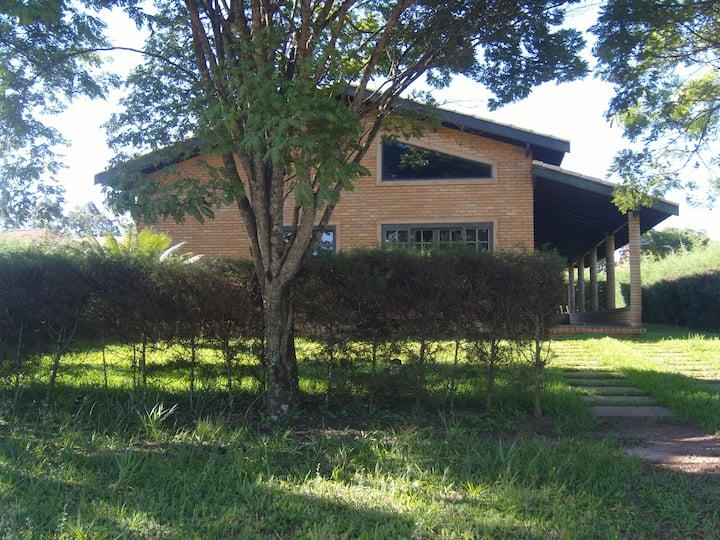 Casa de campo em maravilhoso condomínio Resort