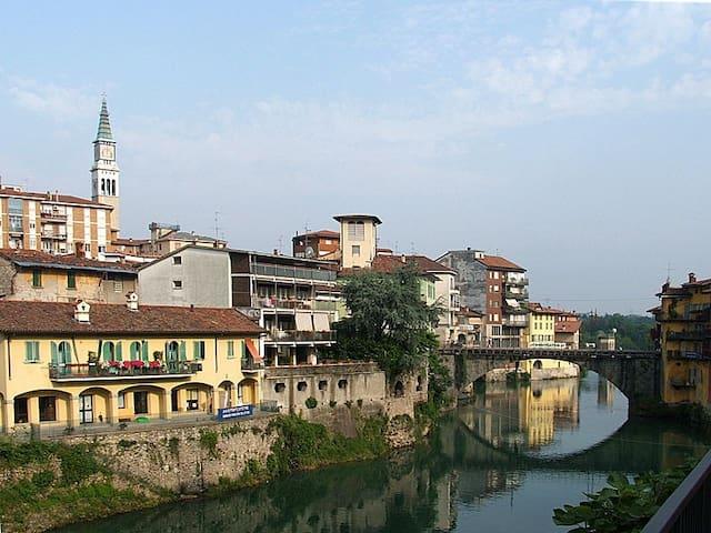 Bilocale comodo per Bergamo e Mi Salone del mobile - Ponte San Pietro