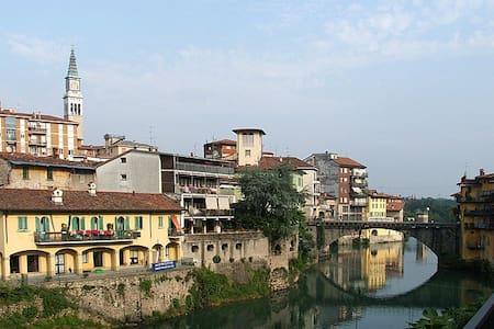 Bilocale comodo per Bergamo e Mi Salone del mobile - Ponte San Pietro - Lejlighed