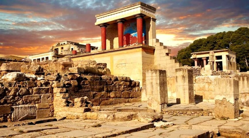 Visit Knossos Palace, first civilication in Europe.