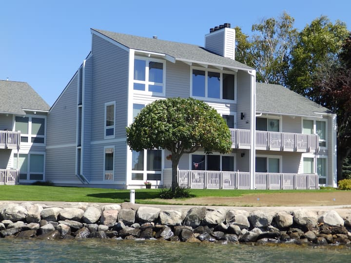 Lake Charlevoix, Boyne City Condo