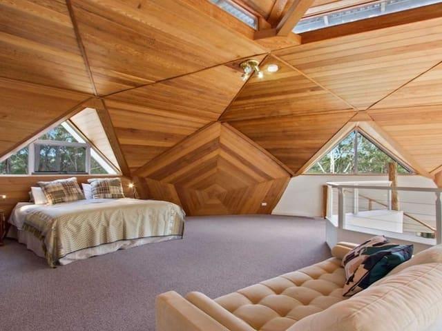 King size mezzanine bedroom with ensuite