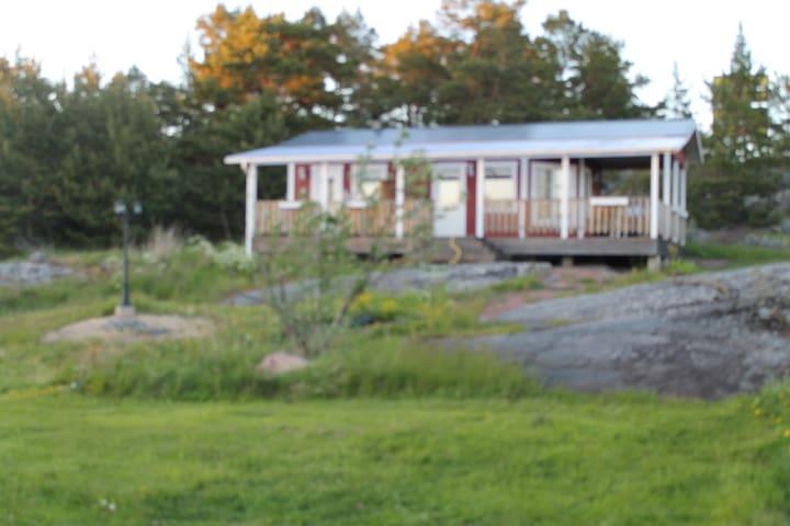 Enklubbsstugor - Enklinge - House
