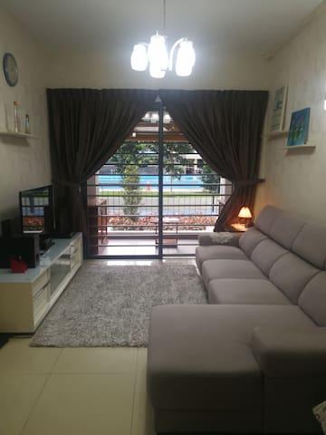 Comfort Homestay - 3 bedrooms
