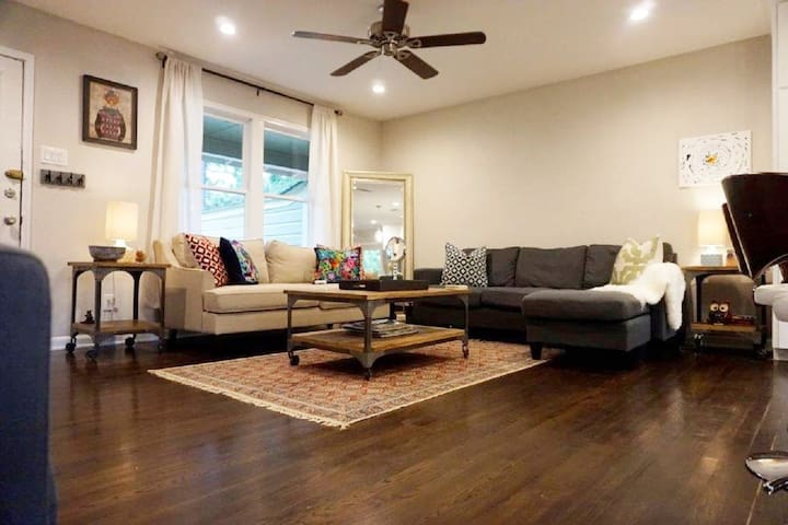 Furnished Alamo Heights Centrally Located