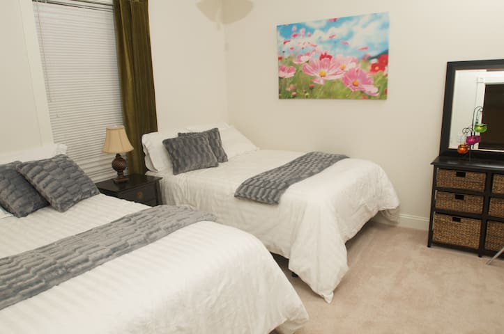 2nd bedroom with 2 double beds