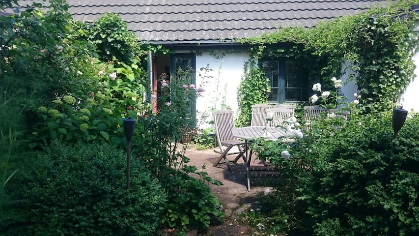The Landscapers House & Garden - Malmö - Bed & Breakfast