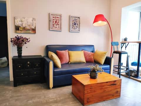 【木石云水】一室一厅地铁3号线梁家河站 交通便利个性时尚温馨套房