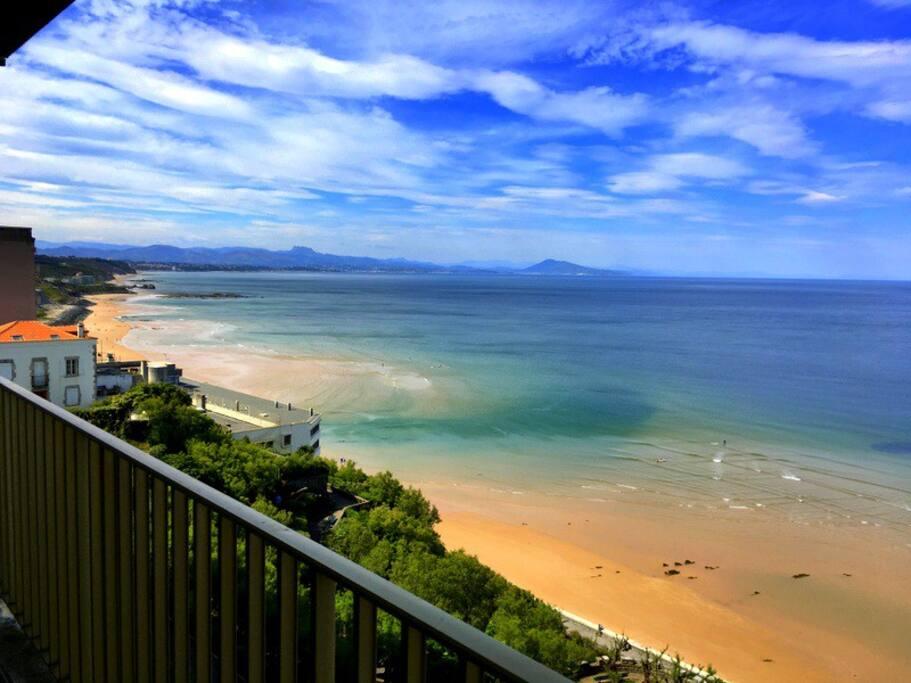 Vue depuis le grand balcon sur la Côte des Basques
