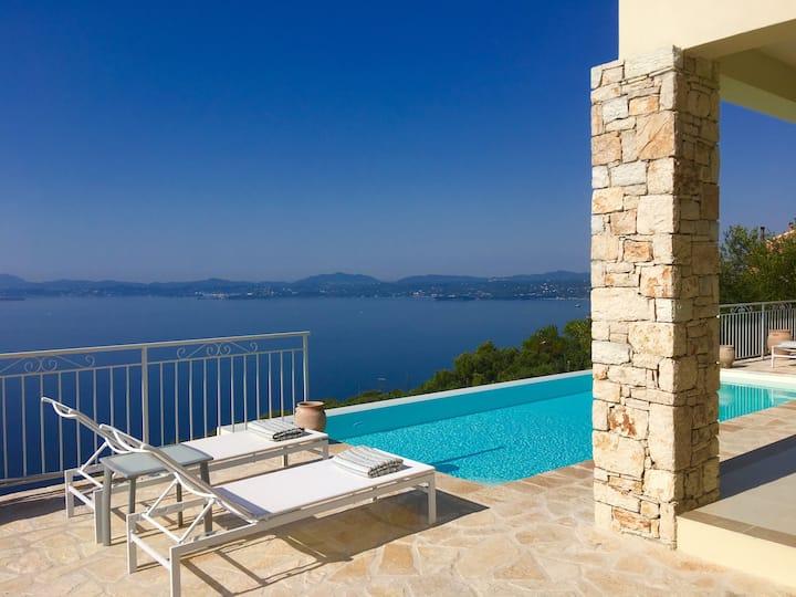 Villa Pelagos in Nissaki - 'Prestige Villas Corfu'