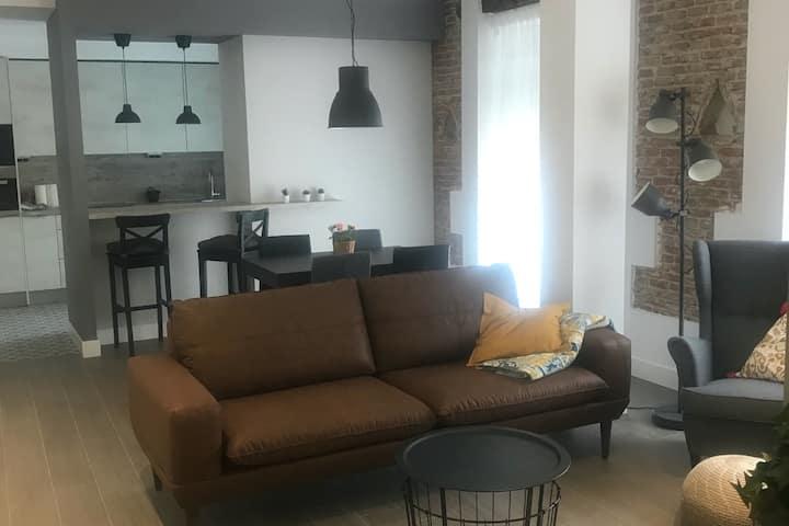 DUKE B. Apartamento nuevo de lujo en el centro