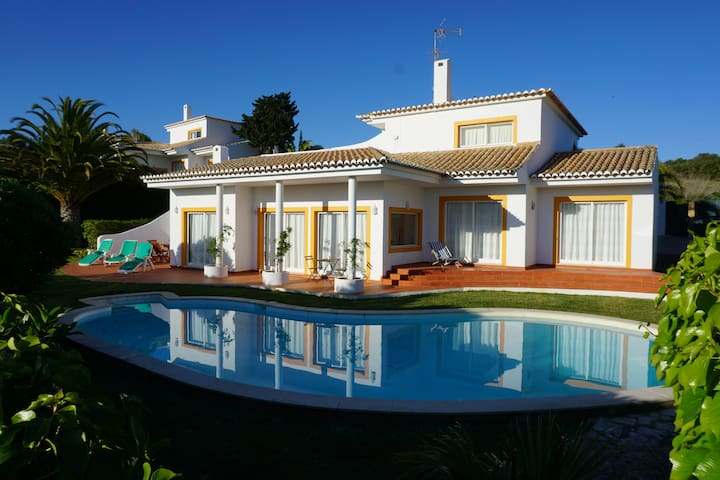 Villa 2 Country By the Sea - Raposeira - House