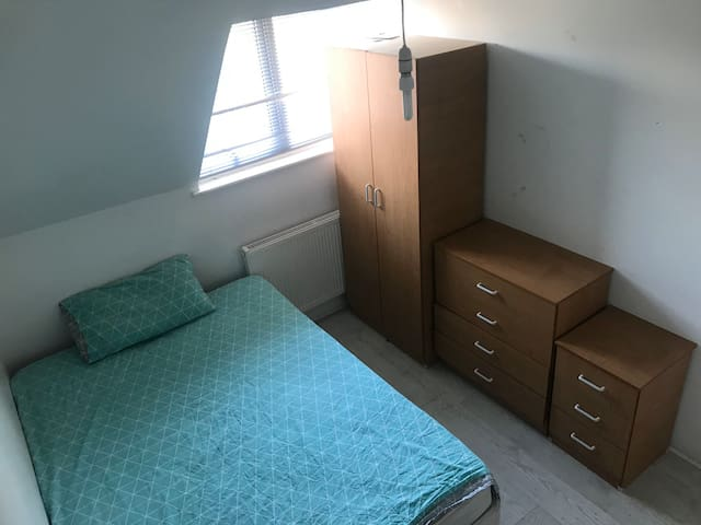 Double room close to centre