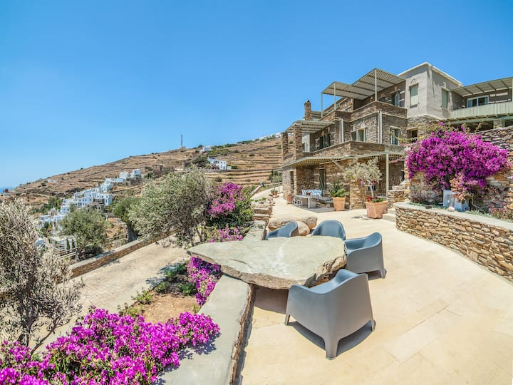 Deluxe sea view nr 4 AEOLIS TINOS SUITES