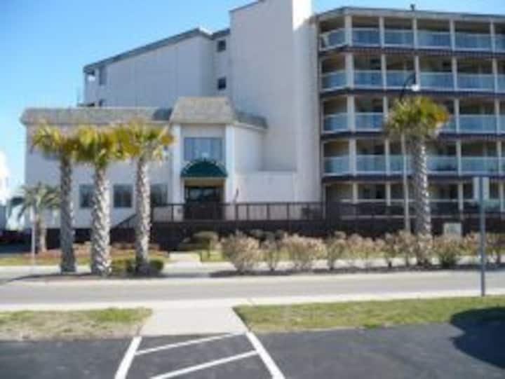 North Myrtle Beach Ocean Front Condo with a view