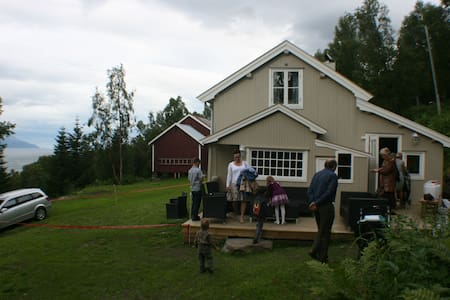 Landssted ved Lyngenfjord - Nordmannvik - Blockhütte