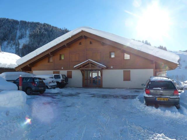 Appartement duplex, 2 chambres, proche village - La Clusaz