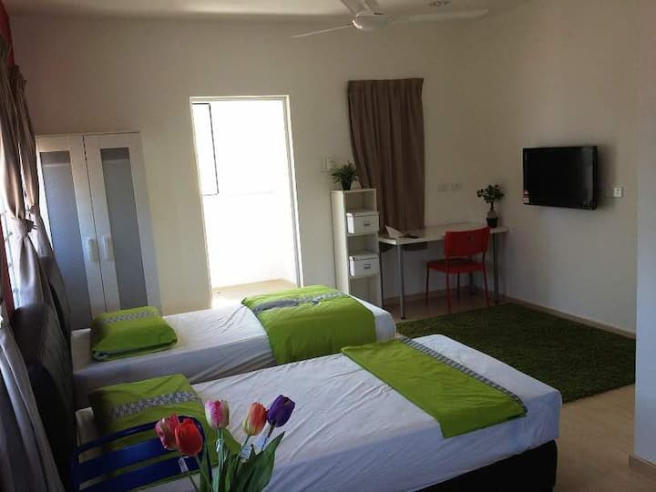 Newly Furnished ALDY Heights Twin Room