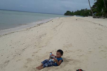 Beachfront Hut w/CR @ Lambug Badian - Badian