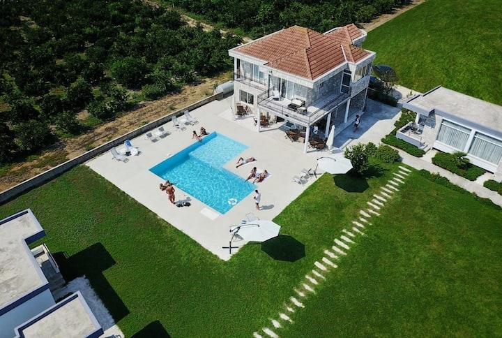 Martins Bungalow Resort