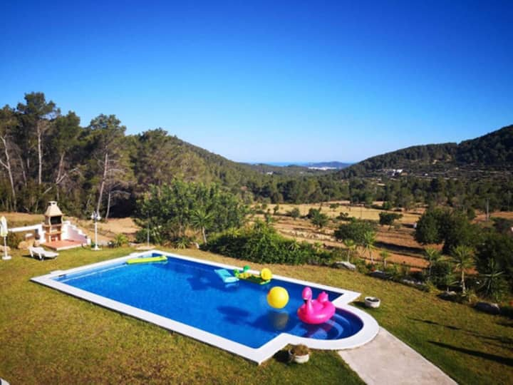 """Beautiful Villa """"Can Ramón"""" with Sea View, Mountain View, Garden, Pool & WiFi; Parking Available, Pets Allowed"""