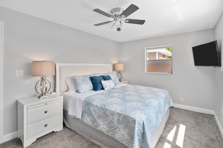"""Both bedrooms have a 43"""" smart TV, closet, ceiling fan & window."""