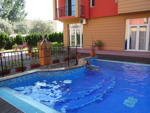 Two-roomed apartment for 4 person - Sunny Beach - Apartmen