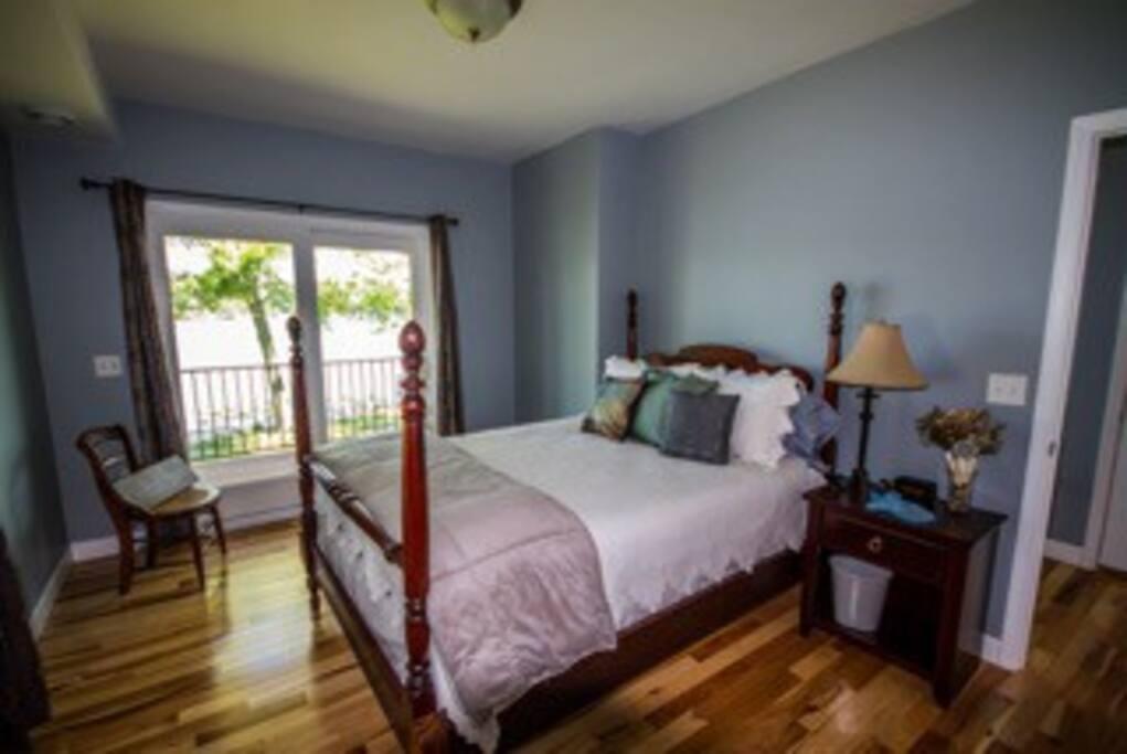Street Level- queen bedroom