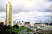 Vista del edificio Havanna y area circundante.