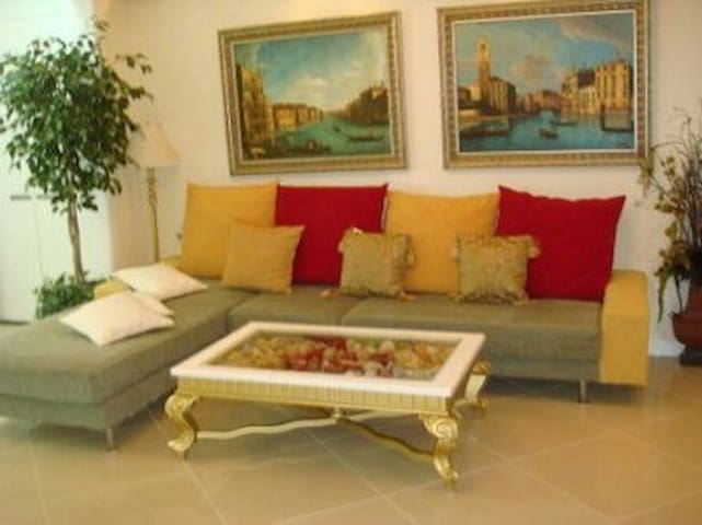 Romantic House in the heart of Thai Binh