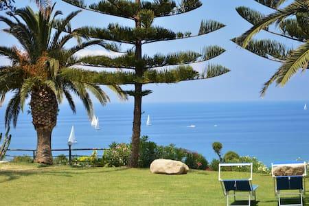 Appartamento in Residence a pochi passi dal mare - Province of Vibo Valentia