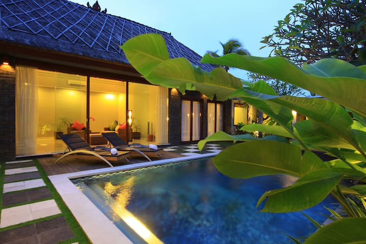 Peaceful Two Bedroom Private Pool Villa Abi Bali - South Kuta - Villa