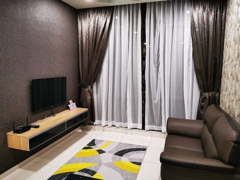 Wave*MarinaCove*[8mins Midvalley Mall]-Wifi- Cosy*