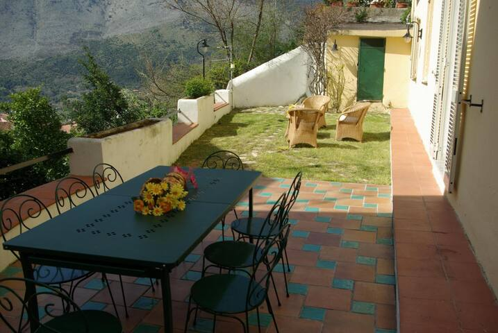 Appartamento a Maratea con Giardino e Vista Mare - Maratea - Apartment