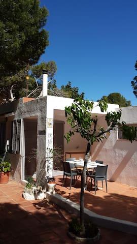 Casa Marsan, 150m del Mediterraneo - Calafat - Semesterboende