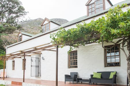 Billy's cottage in Simons Town