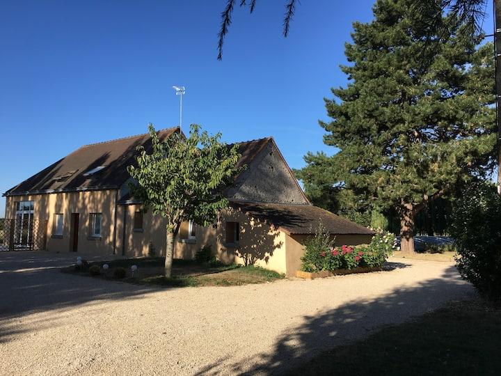 Grand gite 20 pers. à la campagne - Piscine/jardin