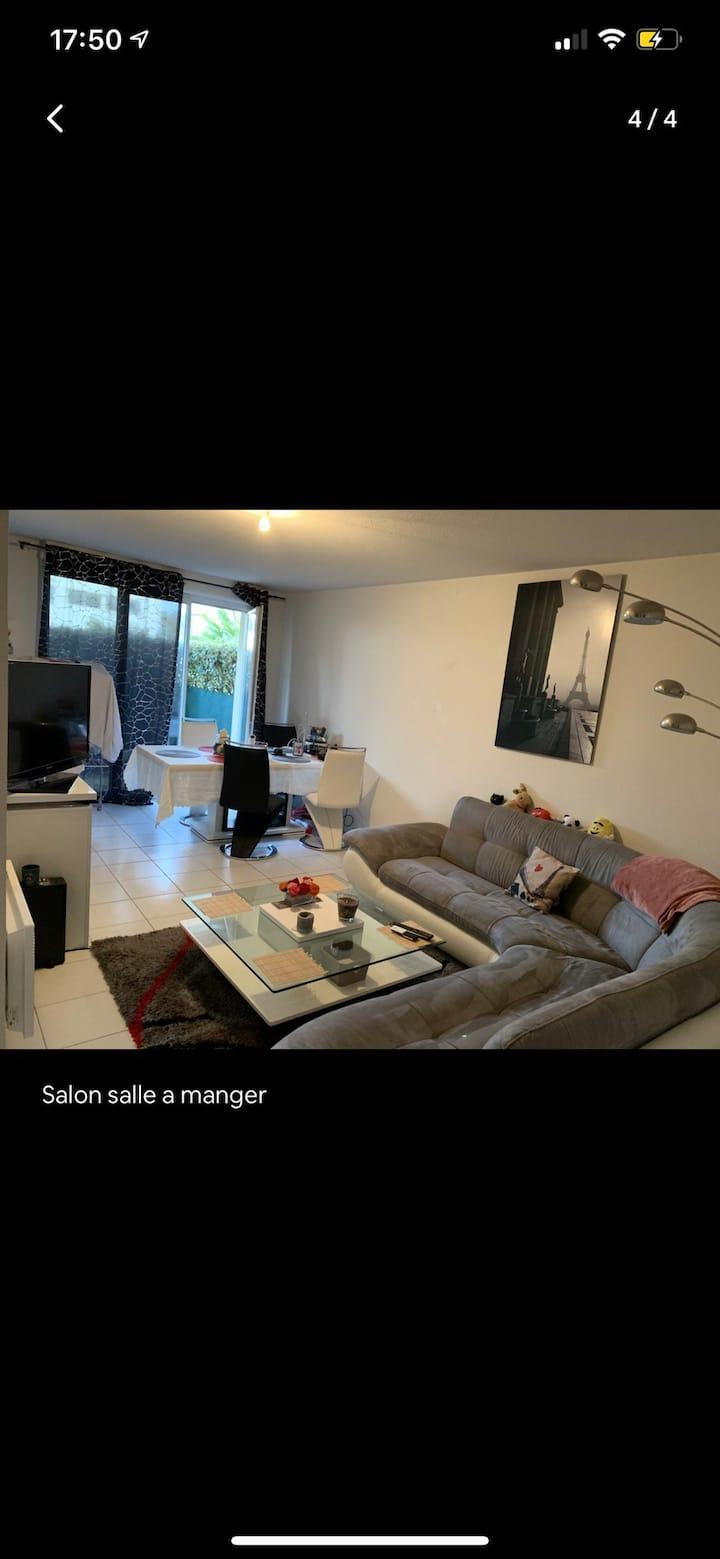 Appartement t2 47 m2 jardin 20 m2