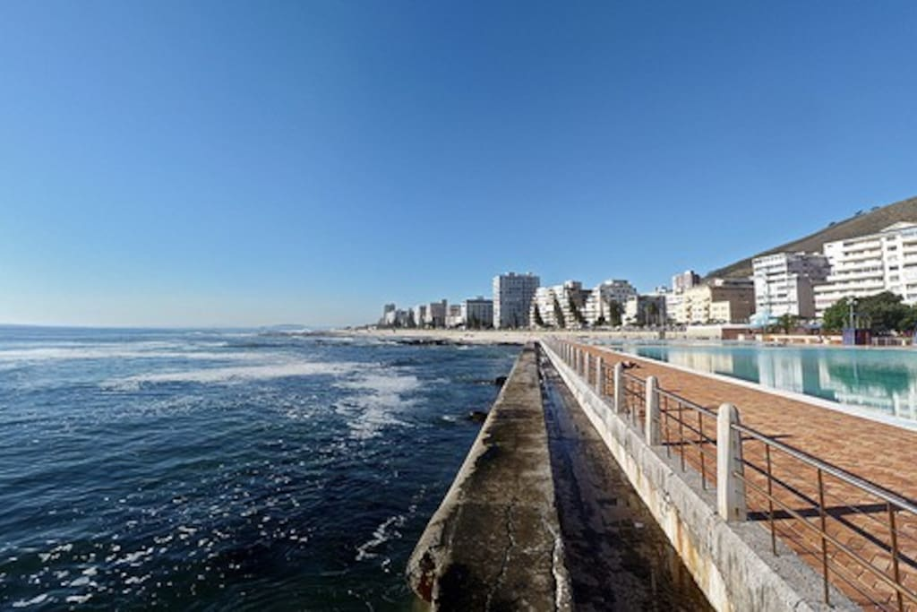 Sea point promenade - a few steps from the apartment