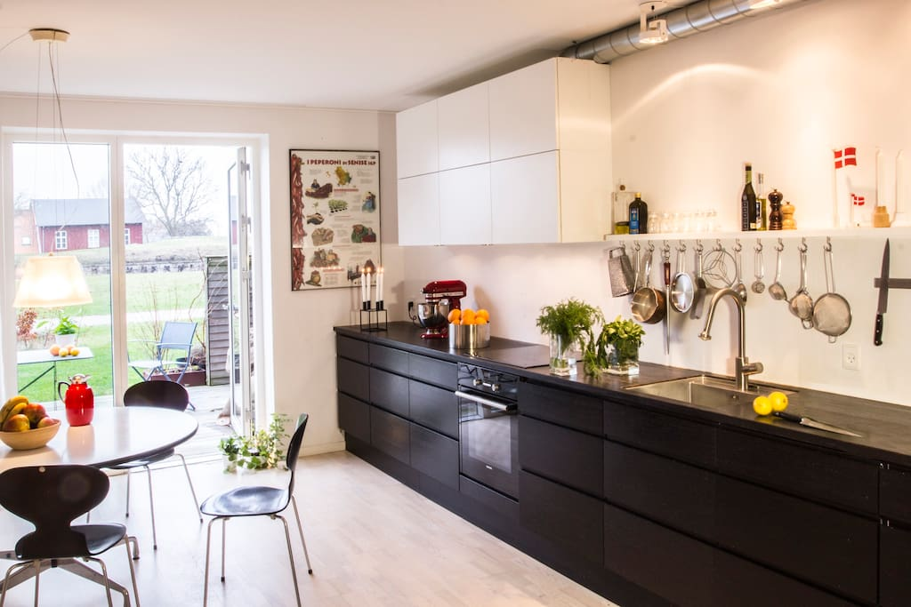 Well equipped architect designed kitchen - direct acces to two teracce