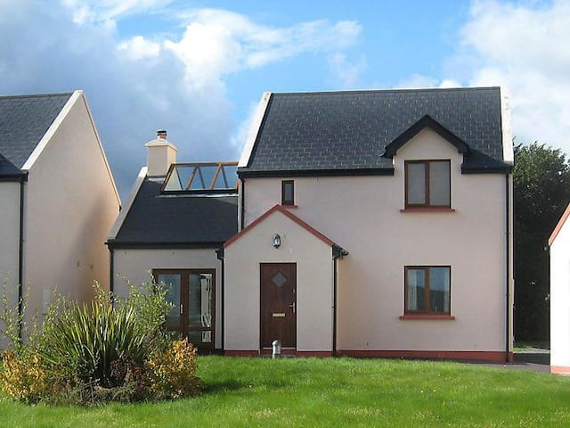 4 Bedroom House at Sneem Holiday Village, Sneem, Co. Kerry - Sneem - Casa